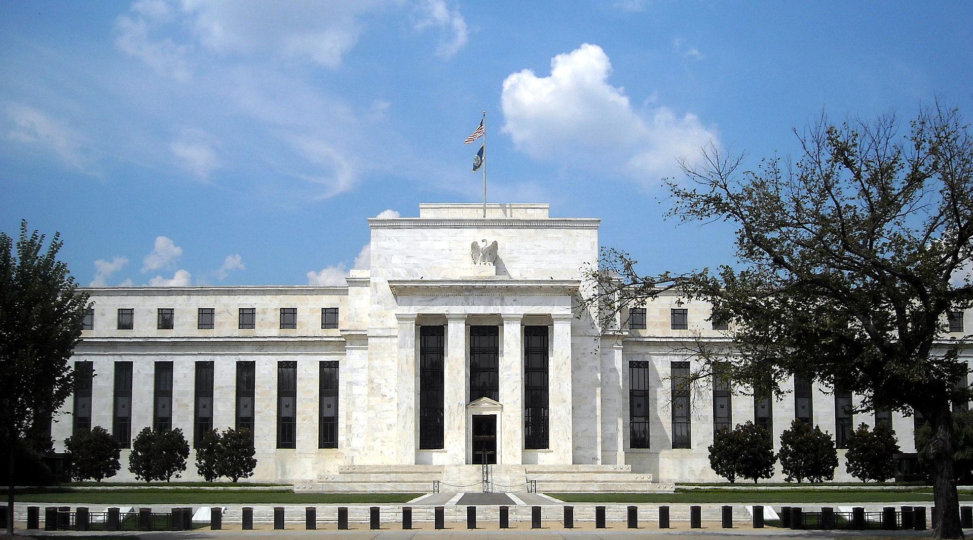 سوق العملات في انتظار حديث يلين محافظ البنك الفيدرالي