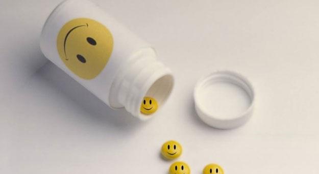 كيف تكون سعيدًا وأنت لا تملك شيئًا