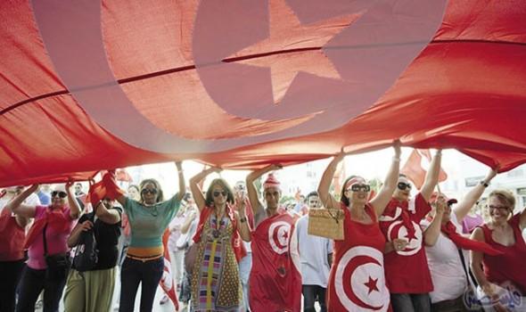 تونس.. السجن عاما يضايق امرأة!