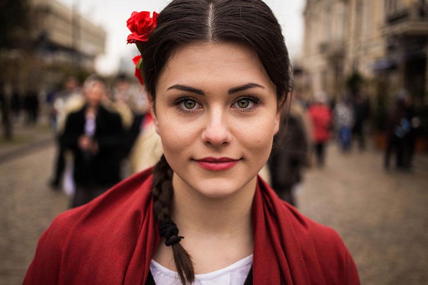 """فى رومانيا النساء تساهم بنسبة تتراوح بين """"41 – 43%"""" فى إجمالى الناتج المحلى"""
