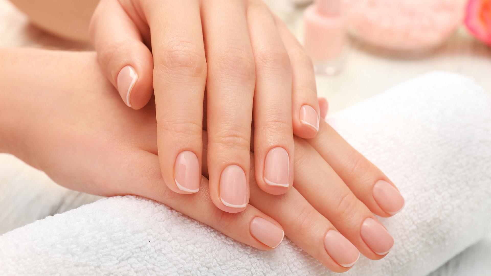افضل الطرق لعلاج خشونة الأيدي في الشتاء