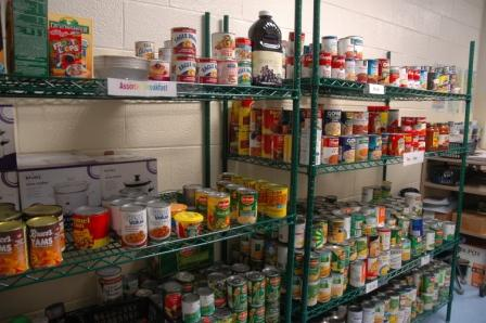 School opens its own foodbank over Universal Credit hunger fears